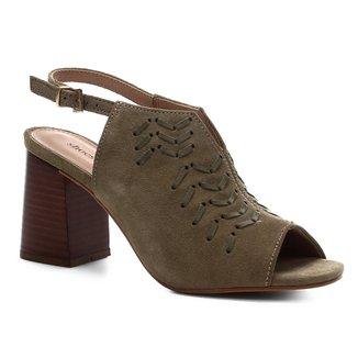 Sandália Shoestock Couro Enfiados Salto Bloco