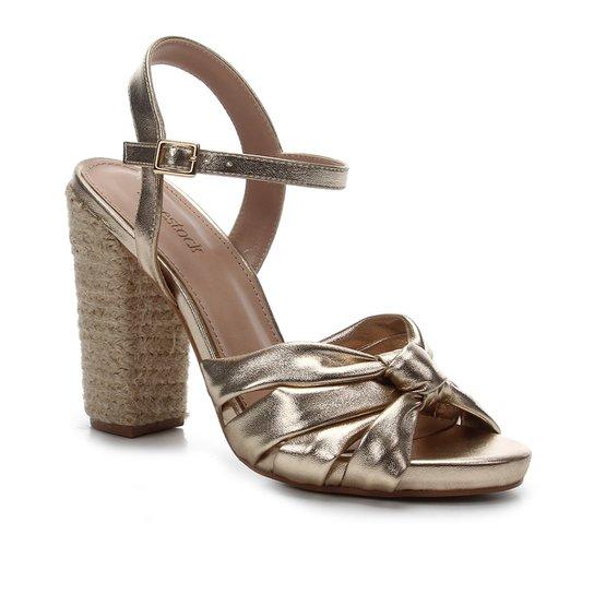 Sandália Shoestock Salto Alto Tiras Nó Feminina - Dourado