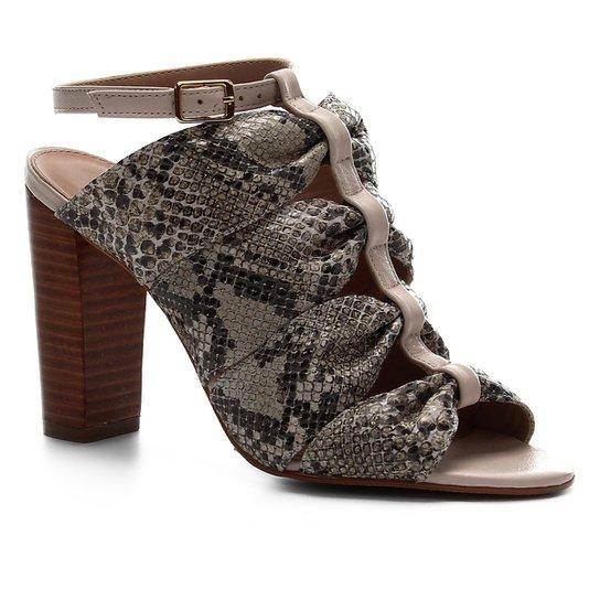 Sandália Shoestock Salto Bloco Couro Snake Drapeado - Off White