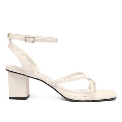 Sandália Shoestock Salto Bloco Tiras Cruzadas Feminina