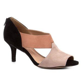 Sandália Shoestock Salto Fino Nobuck Recortes Feminina