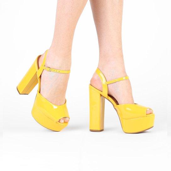 Sandália Vizzano Meia Pata Verniz - Amarelo