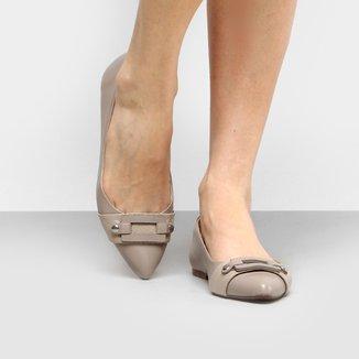 Sapatilha Couro Shoestock Bico Fino Fivela Feminina