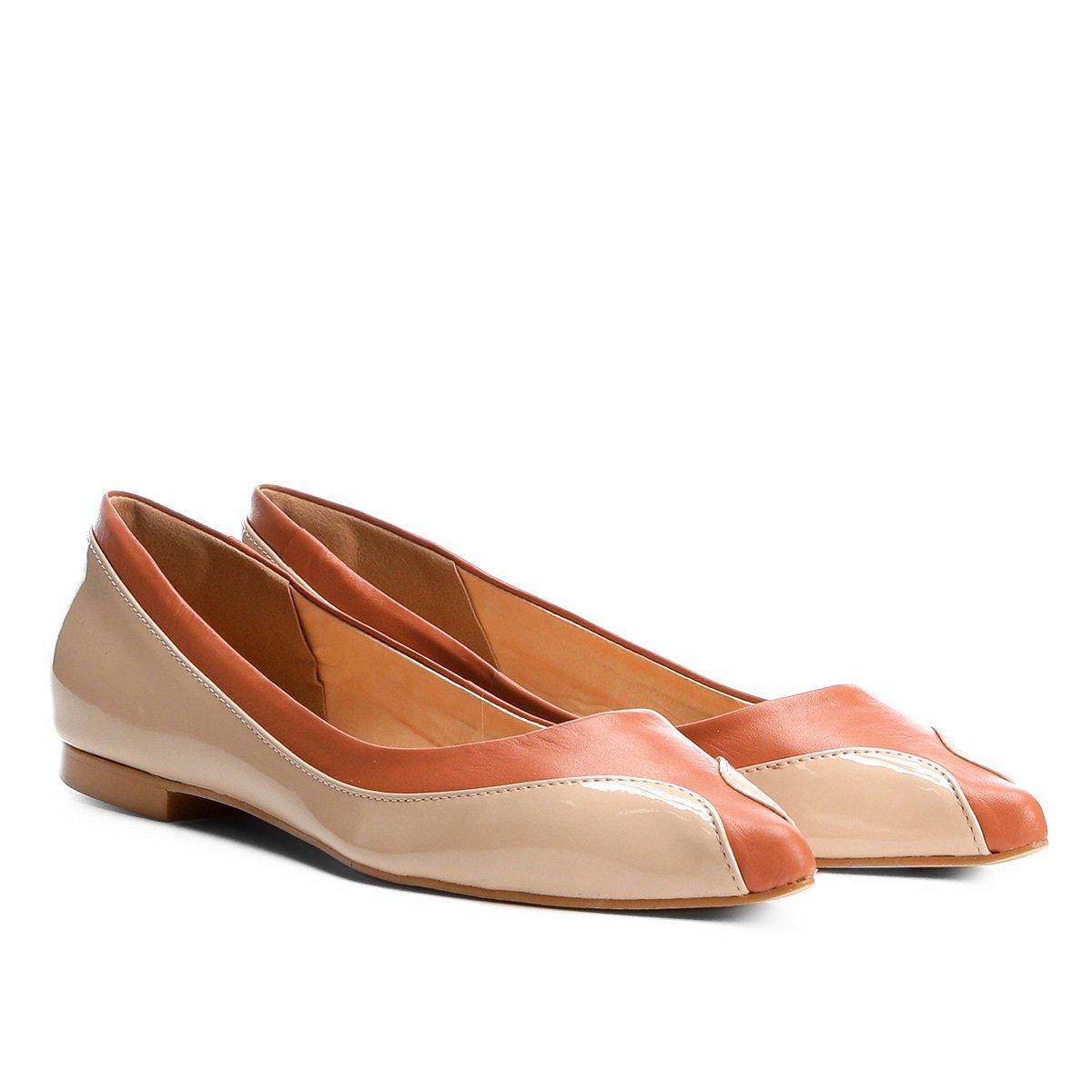 Redondo Couro Bege Shoestock Ondas Bico e Feminina Sapatilha Marrom 8tqd7wHqx