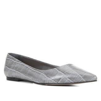 Sapatilha Couro Shoestock Croco Bico Fino Feminina