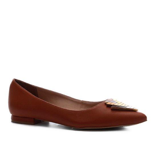 Sapatilha Couro Shoestock Detalhe Madeira Feminina - Caramelo