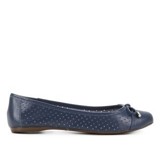 Sapatilha Couro Shoestock Vazada Bico Redondo Feminina