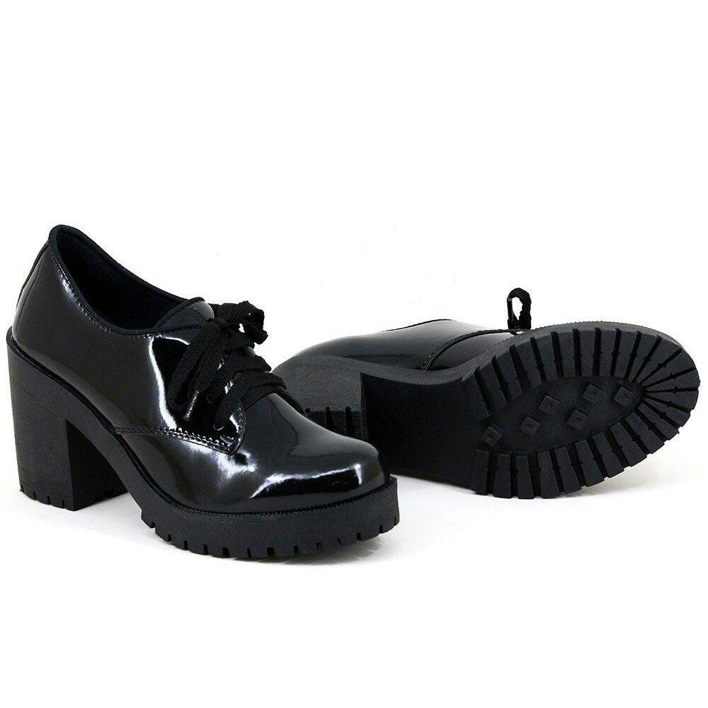8e0f3ce58c Sapato Oxford CR Shoes Tratorado Verniz Preto. Oxford Feminino Salto  Tratorado Via Uno 325001SBAI