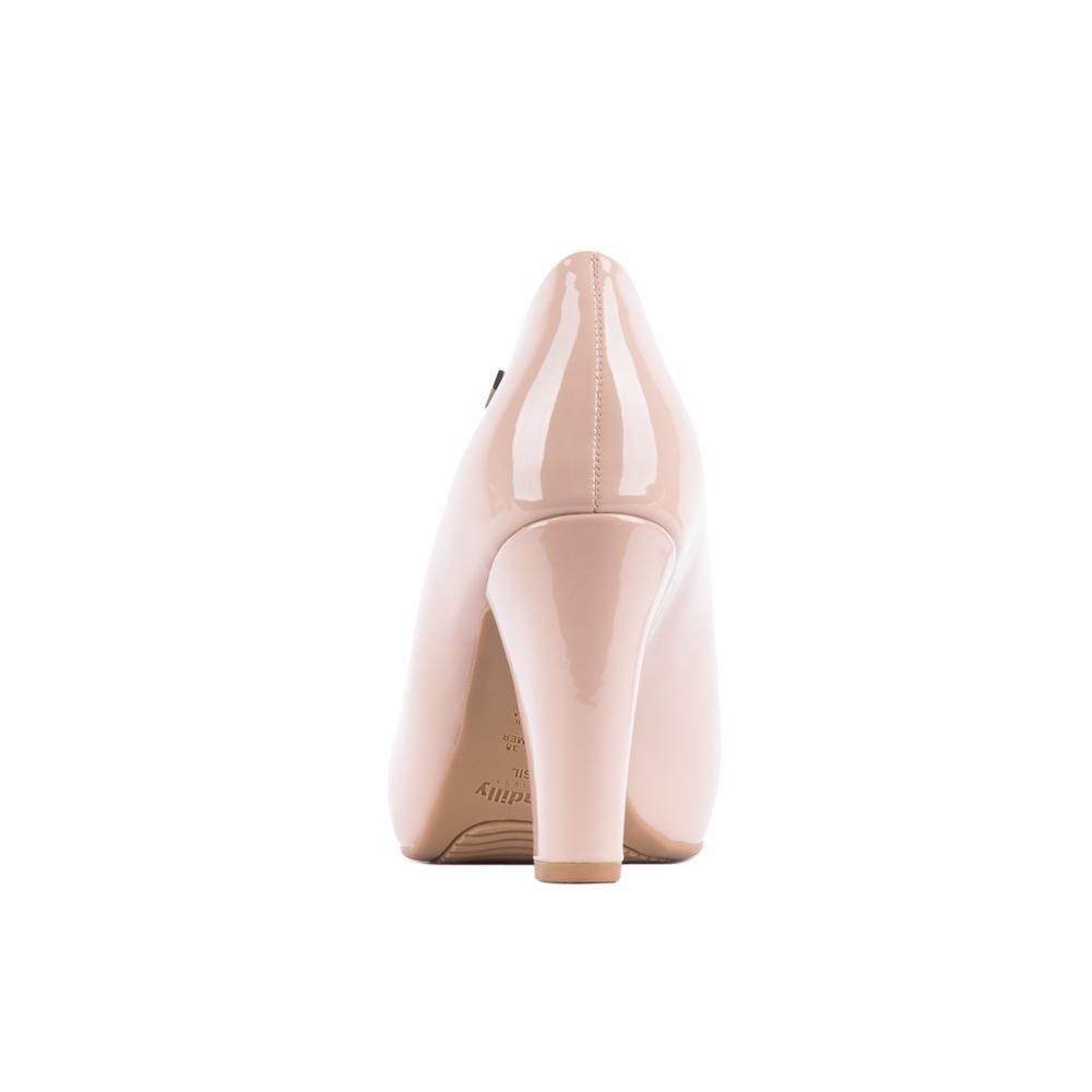 30d34d4d0e Sapato Piccadilly Em Verniz - Bege - Compre Agora