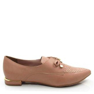 Sapato Verofatto em Couro Bico Fino Feminino
