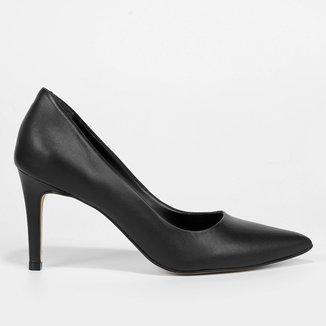 Scarpin Couro Shoestock Graciela Salto Alto