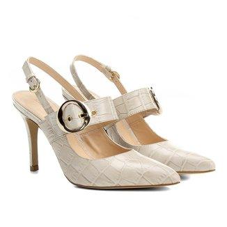 Scarpin Couro Shoestock Salto Alto Croco Fivela