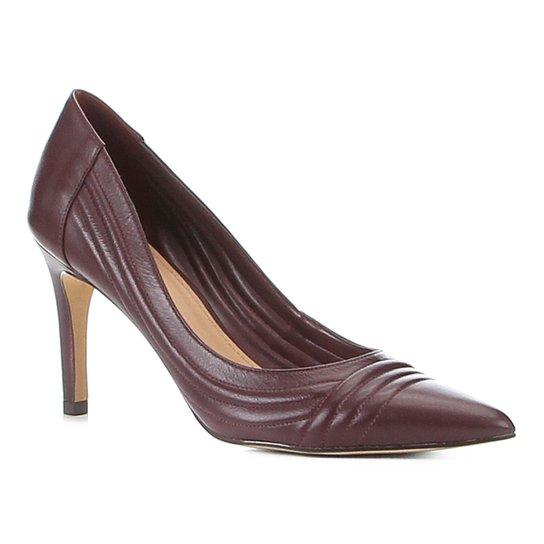 Scarpin Couro Shoestock Salto Alto Matelassê - Vinho