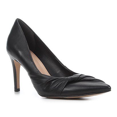 Scarpin Couro Shoestock Salto Alto Torcido