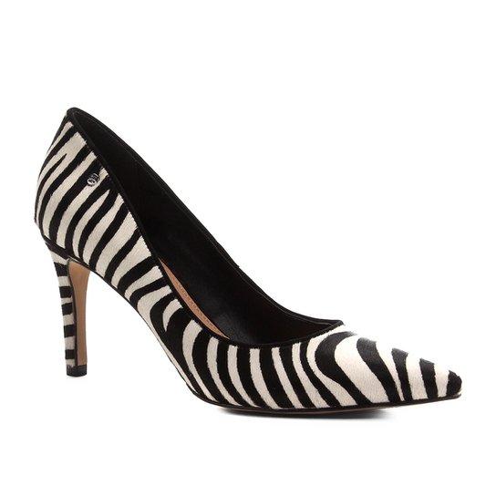 Scarpin Couro Shoestock Salto Alto Wild Cat - Preto+Branco