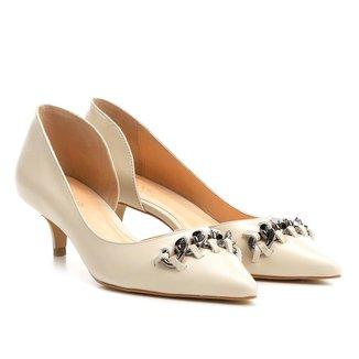 Scarpin Couro Shoestock Salto Baixo Corrente