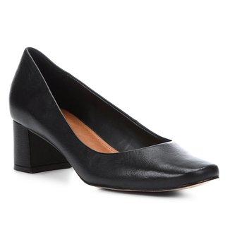 Scarpin Couro Shoestock Salto Baixo Liso