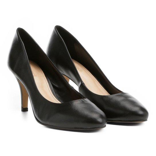 Scarpin Couro Shoestock Salto Médio Básico - Preto