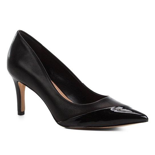Scarpin Couro Shoestock Salto Médio Verniz - Preto