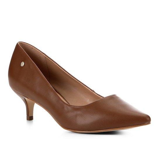 Scarpin Shoestock Salto Baixo Naked - Avelã