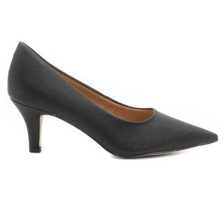 Scarpin Shoestock Salto Médio Bico Fino