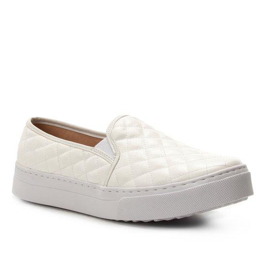 Slip On Shoestock Matelassê Feminino - Off White