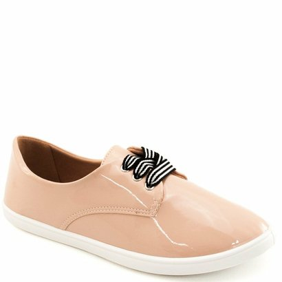 Tênis Básico Verniz Sapato Show Feminina