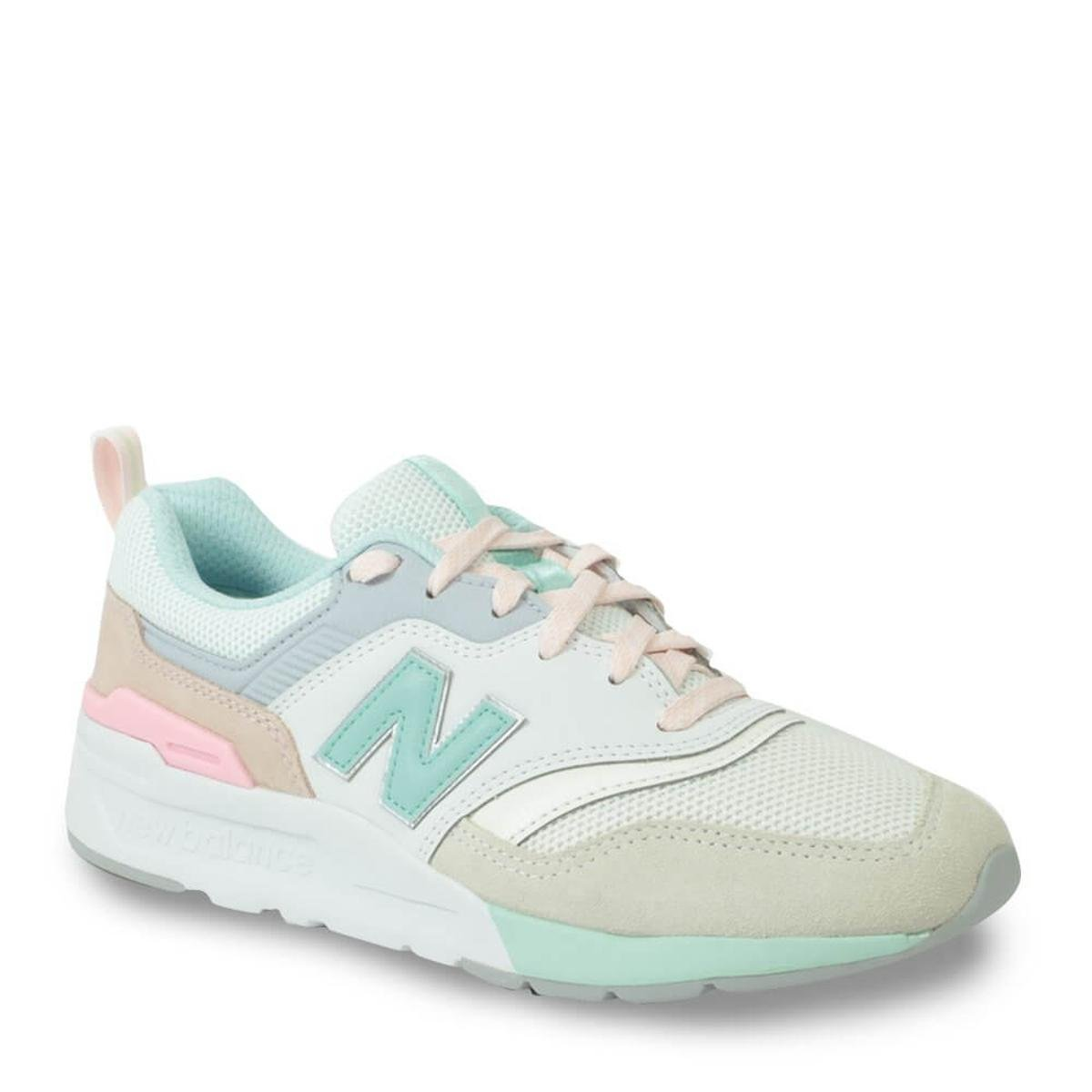 Tênis New Balance Feminino