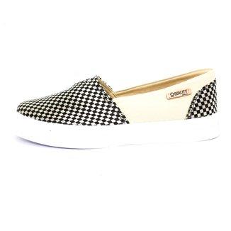 Tênis Slip On Quality Shoes Trissiê Feminino